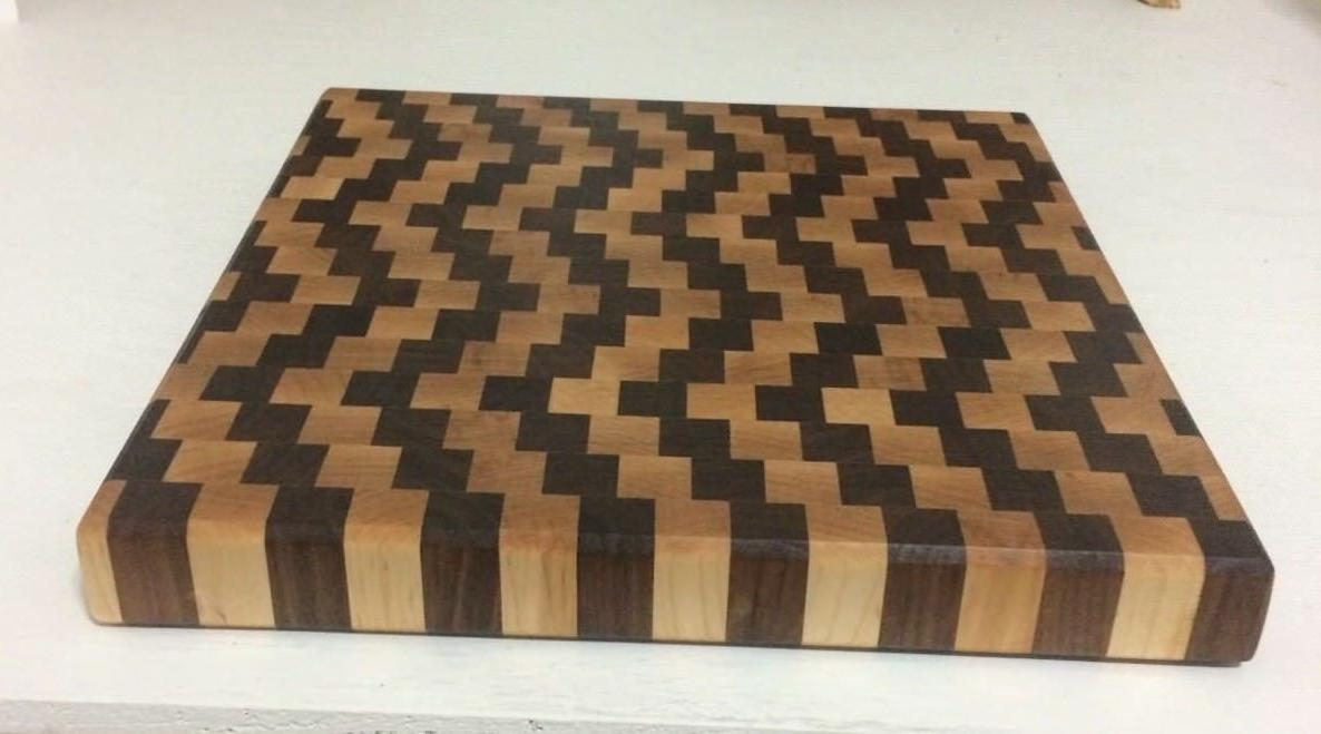 3D Board, Walnut and Maple Wood